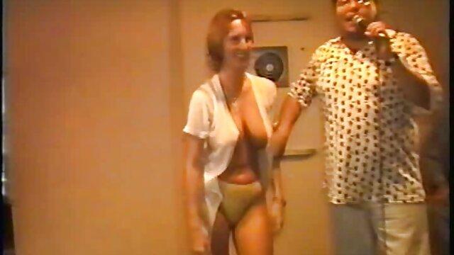 Eine schöne Frau stimmte zu, gratis pornos xxl für Geld sichtbar zu sein