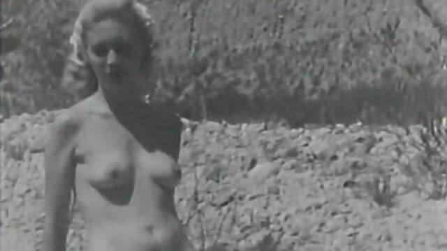 Mädchen kostenlose pornos in deutscher sprache mit schönen Titten